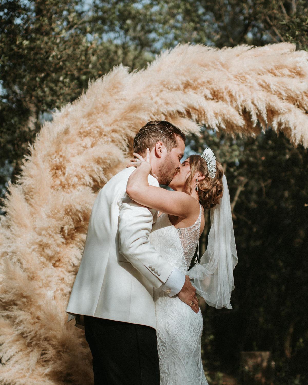 Miks-Sels-mas-terrats-girona-wedding-photographer-48