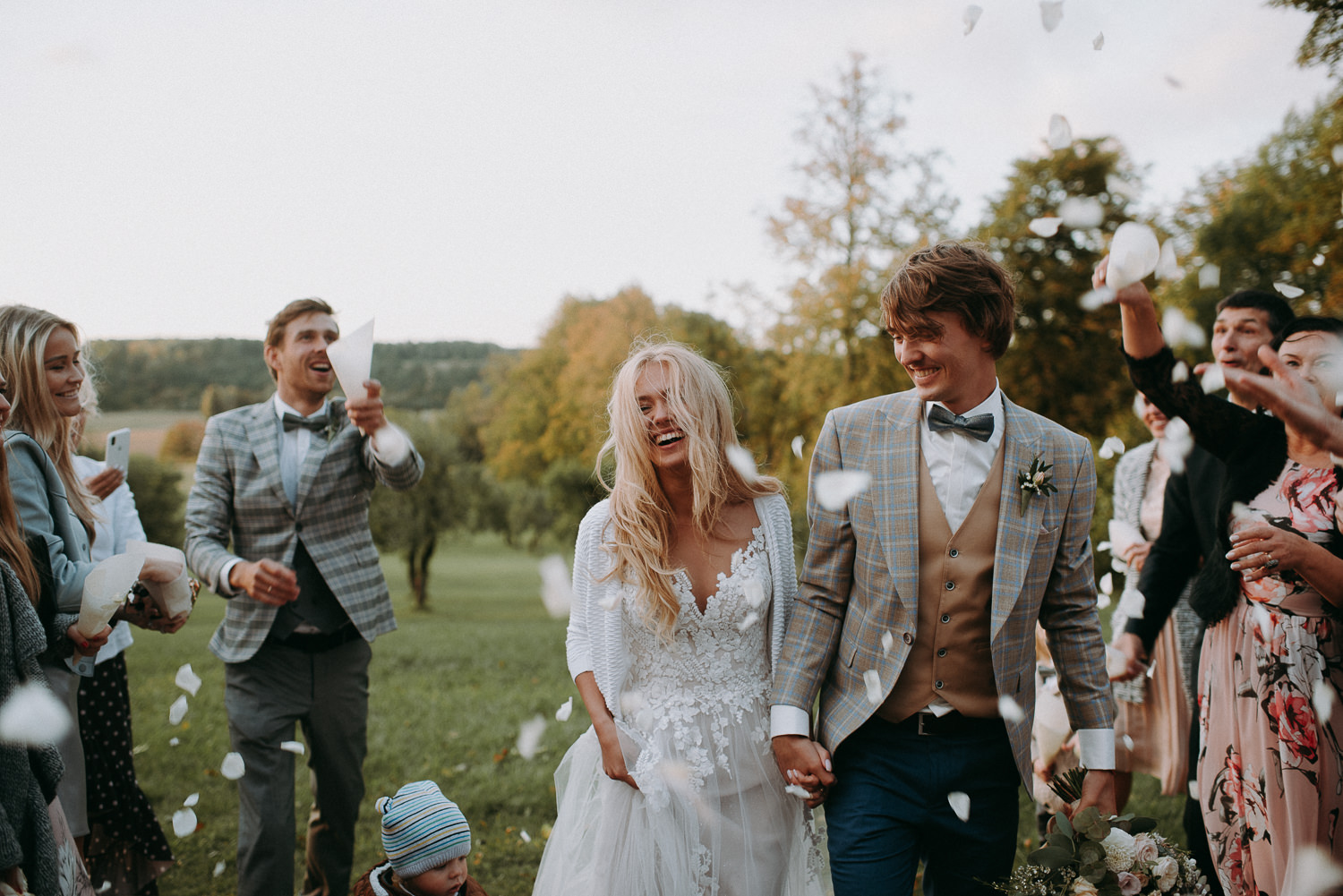 classy and elegant autumn wedding in manor-65