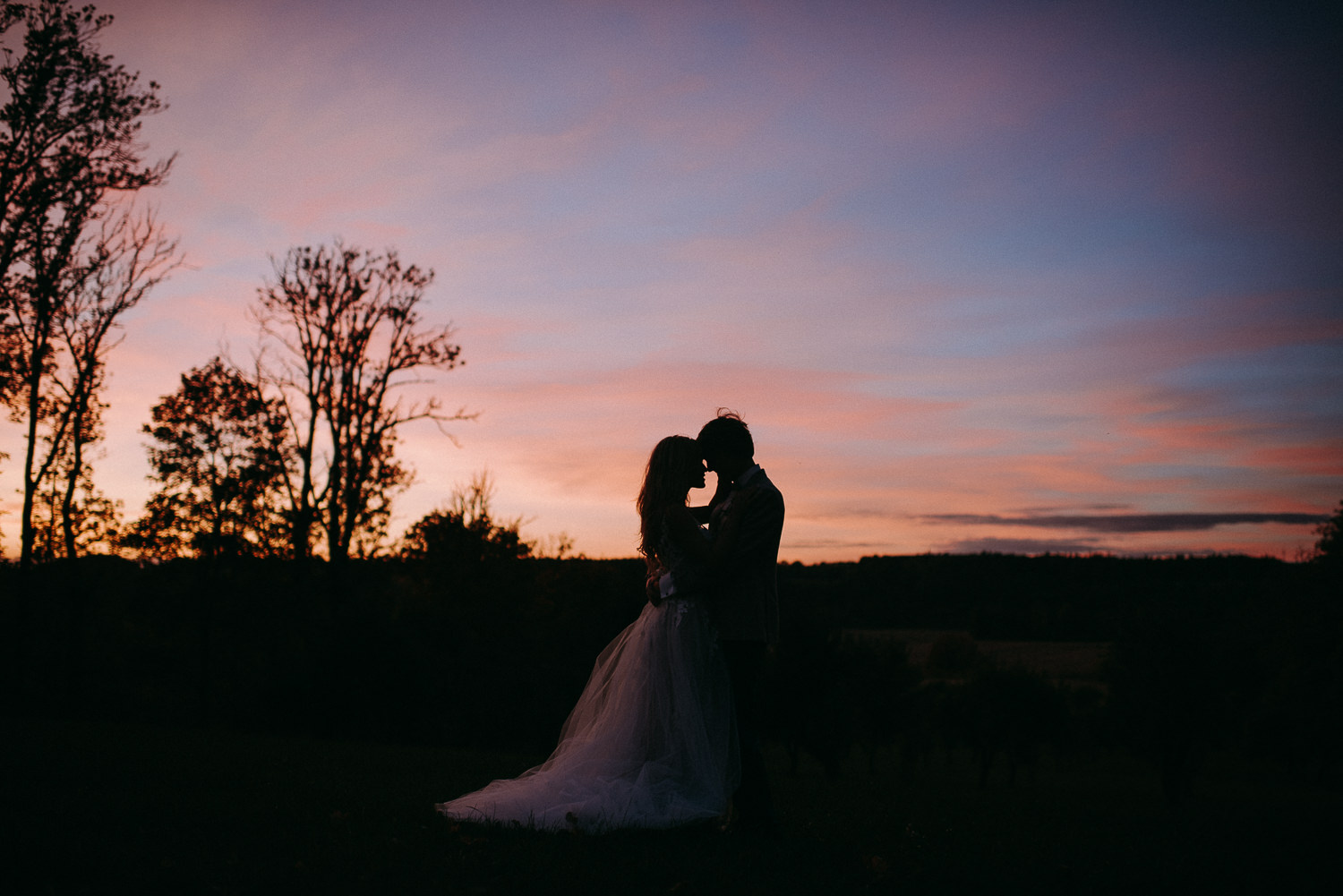 classy and elegant autumn wedding in manor-73