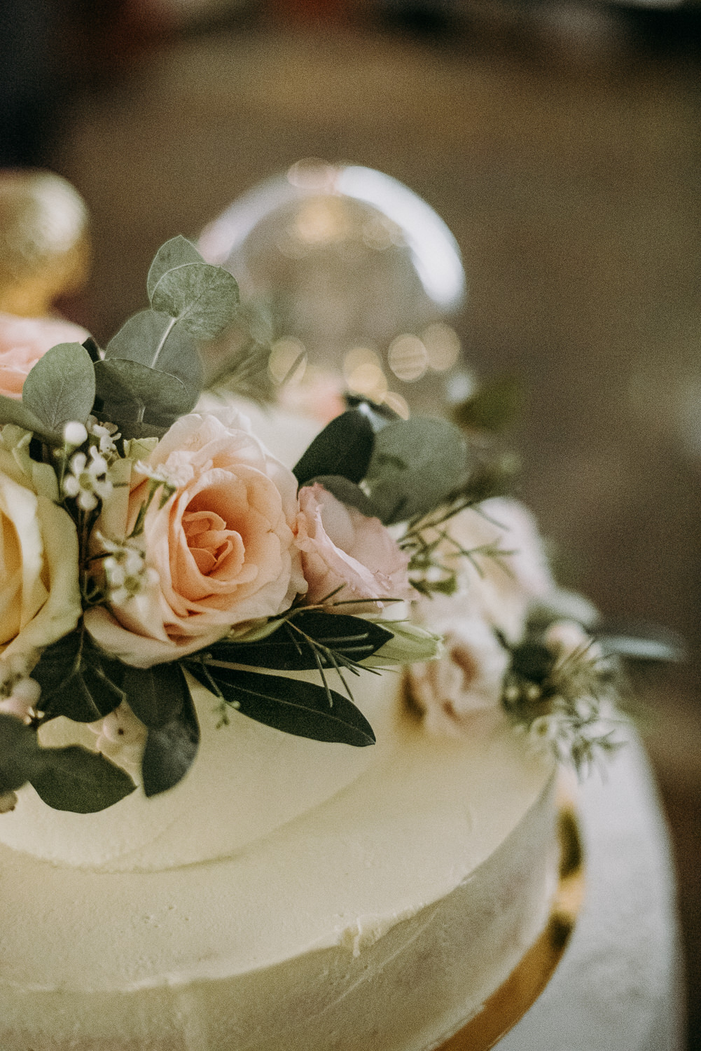 classy and elegant autumn wedding in manor-79