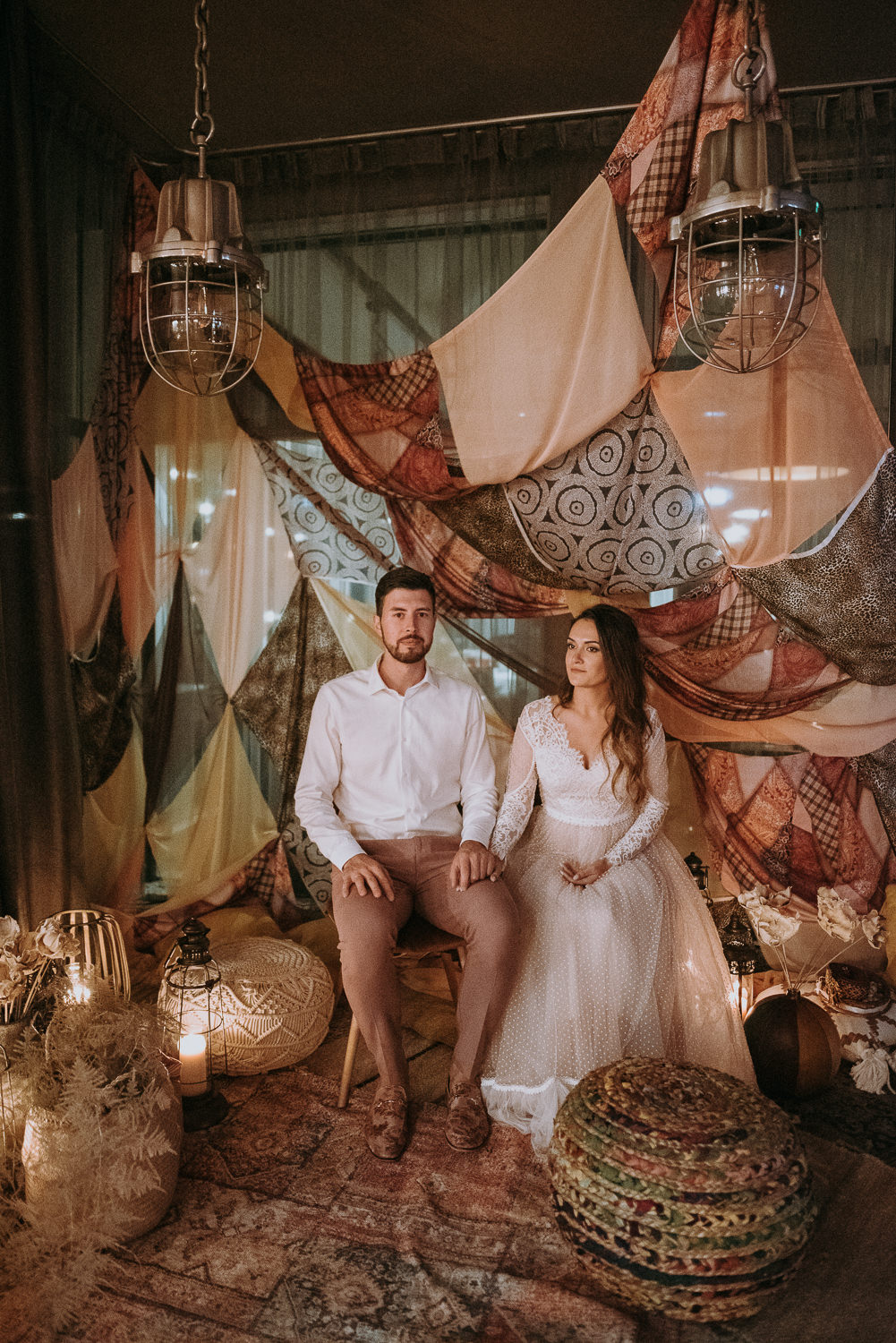 intimate and soulful autumn wedding in restaurant laivas-96