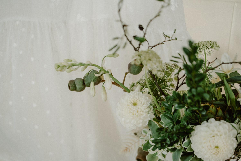 seaside micro wedding boho vibes with close friends-11