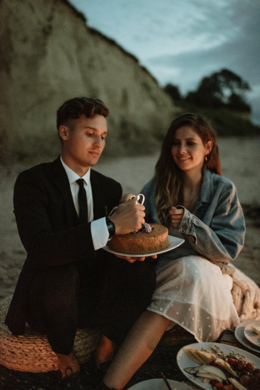 seaside micro wedding boho vibes with close friends-110