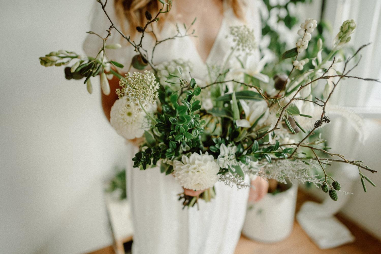seaside micro wedding boho vibes with close friends-22