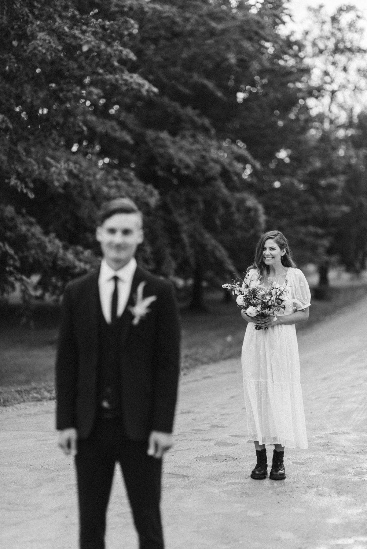 seaside micro wedding boho vibes with close friends-25