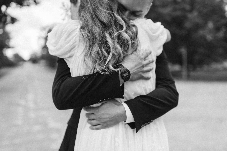 seaside micro wedding boho vibes with close friends-26