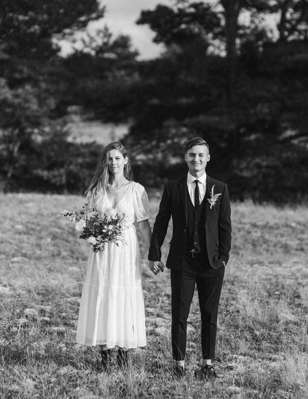 seaside micro wedding boho vibes with close friends-38