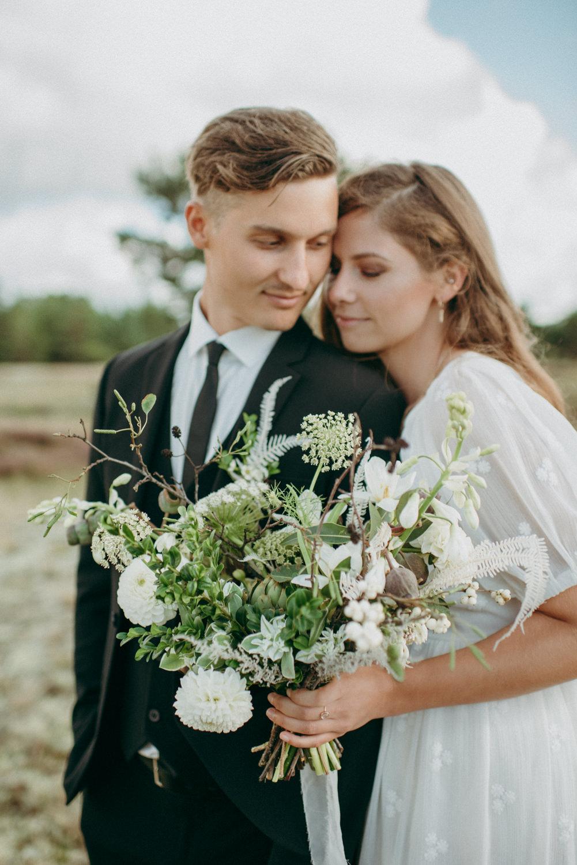 seaside micro wedding boho vibes with close friends-45