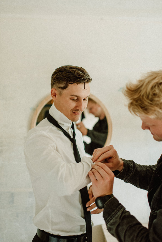 seaside micro wedding boho vibes with close friends-6