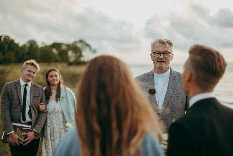 seaside micro wedding boho vibes with close friends-61
