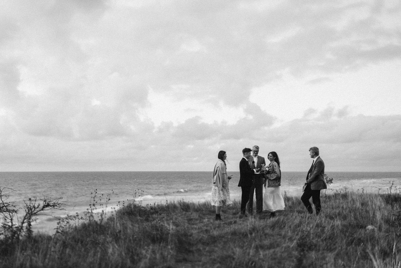 seaside micro wedding boho vibes with close friends-64