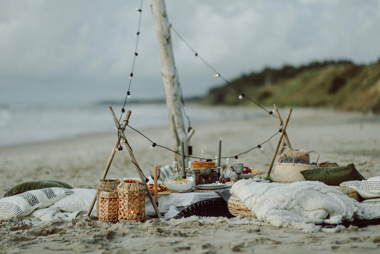 seaside micro wedding boho vibes with close friends-84