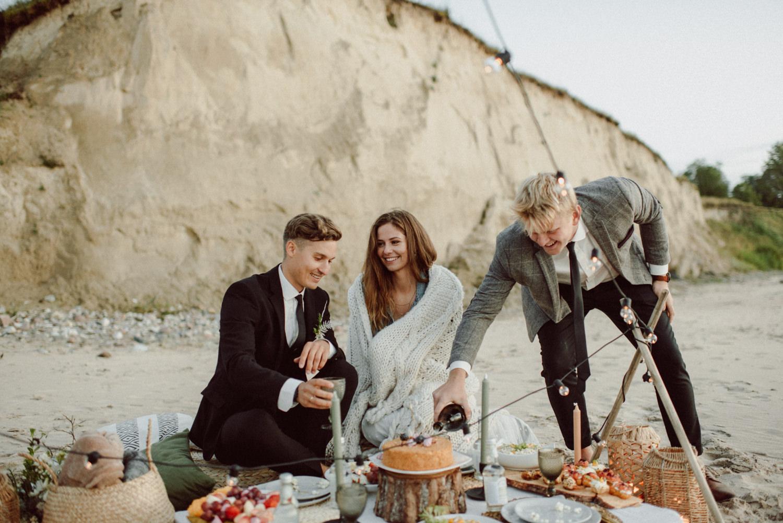 seaside micro wedding boho vibes with close friends-86