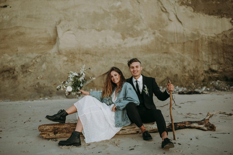 seaside micro wedding boho vibes with close friends-95